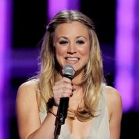 People's Choice Awards 2013 von Kaley Cuoco moderiert